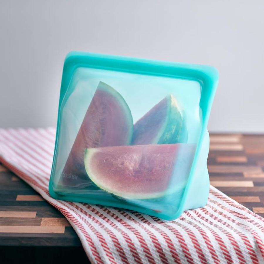 Reusable silicone stand-up mega aqua bag